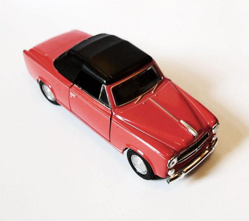 peugeot 403 cabriolet toy car