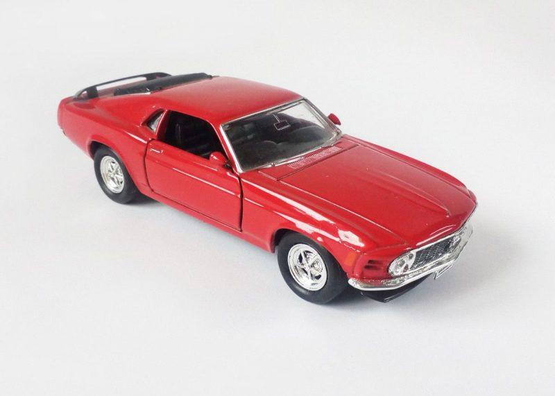 ford mustang model kit