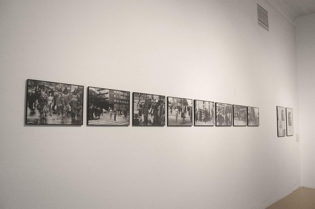 """Wystawa """"Trzy kobiety"""" Maria Pinińska-Bereś, Natalia Lach-Lachowicz i Ewa Partum, Zachęta Narodowa Galeria Sztuki w Warszawie, fot. Sebastian Madejski"""