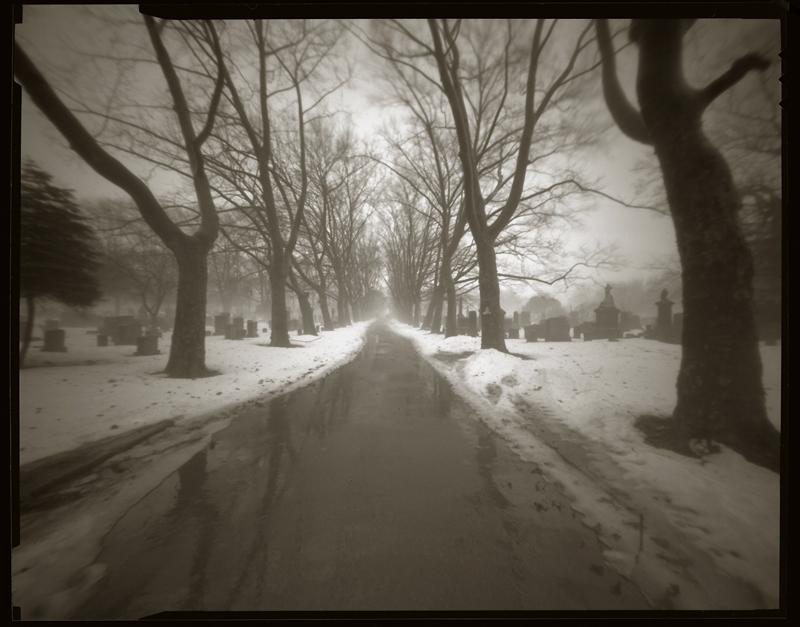 """Cykl """"Fotografia otworkowa"""": """"Jersey City, New Jersey, 1996"""", fot. Andrzej Jerzy Lech"""