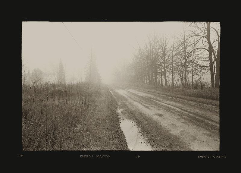 """Cykl """"Kalendarz szwajcarski, rok 1912"""": """"Tamworth, Ontario, 1998"""", fot. Andrzej Jerzy Lech"""