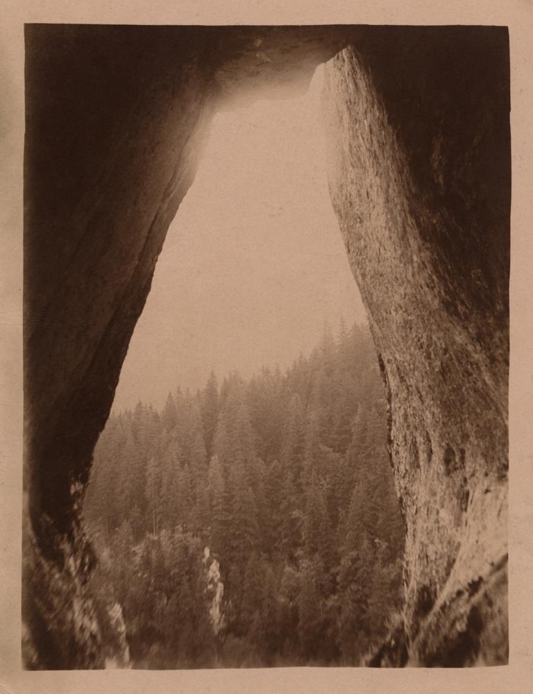 Józef Głogowski, Zbójnickie Okna - seria trzech fotografi, koniec lat 20. XX wieku (dzięki uprzejmości Stefana Okołowicza)