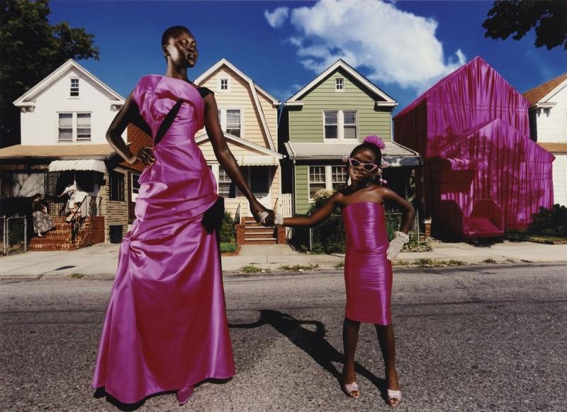 """David LaChapelle, """"To jest mój dom"""", 1997 © David LaChapelle, Art & Commerce; wystawa """"Vanity. Fotografia mody z kolekcji F.C. Gundlacha"""" w Muzeum Narodowym (źródło: materiały prasowe)"""
