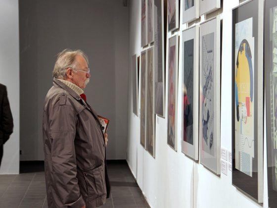 """Wernisaż wystawy """"PERSONA' 2013: Nancy Skolos & Thomas Wedell, USA"""" (źródło: materiały prasowe Galerii Wozownia)"""