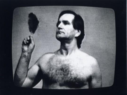 """Józef Robakowski, videofotografia z cyklu: """"Sztuka to potęga!"""", 1995, dzięki uprzejmości artysty"""