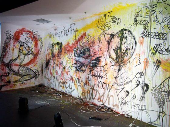 """Wystawa """"Istvan Kantor. Media Revolt"""" w DH Renoma we Wrocławiu, 2014, fot. Bartosz Świerszczek (źródło: dzięki uprzejmości organizatorów)"""