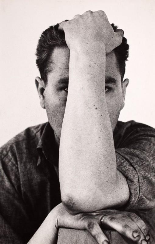 """Zdzisław Beksiński, """"Autoportret"""", 1958, ze zbiorów Muzeum Narodowego we Wrocławiu (źródło: dzięki uprzejmości autora i organizatorów)"""