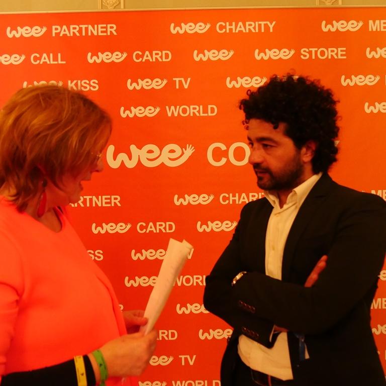 Mohamed Al-Daradji rozmawia z Alexandrą Hołownią (źródło: dzięki uprzejmości A. Hołowni)