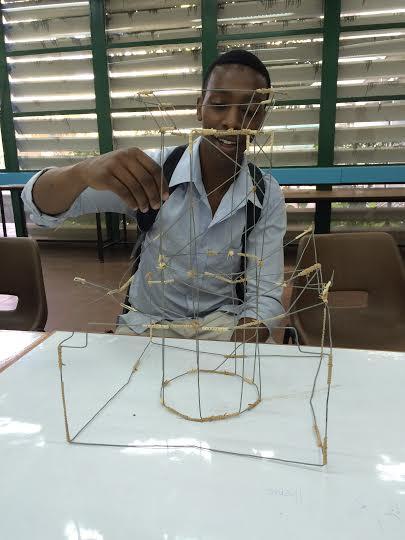 """Praca w procesie, """"Możliwy Uniwersytet"""", Perrick Mugambi (źródło: materiały prasowe organizatora)"""