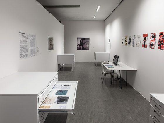 """Gustav Metzger, """"Działaj albo giń!"""", Centrum Sztuki Współczesnej Znaki Czasu w Toruniu, 2015 (źródło: dzięki uprzejmości organizatora)"""