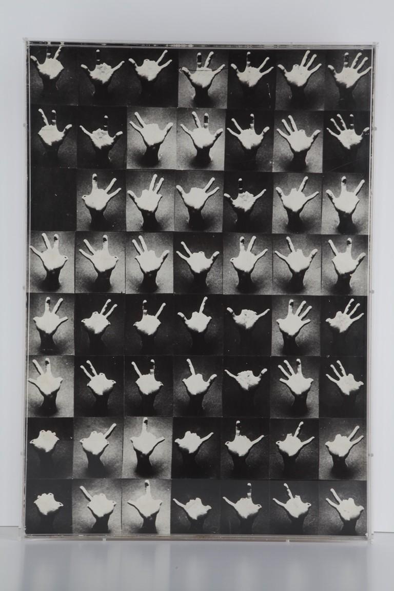 """Jan Stanisław Wojciechowski, """"Ręce"""", 1973, fot. J. Gaworski (źródło: Kwartalnik Rzeźby Orońsko)"""