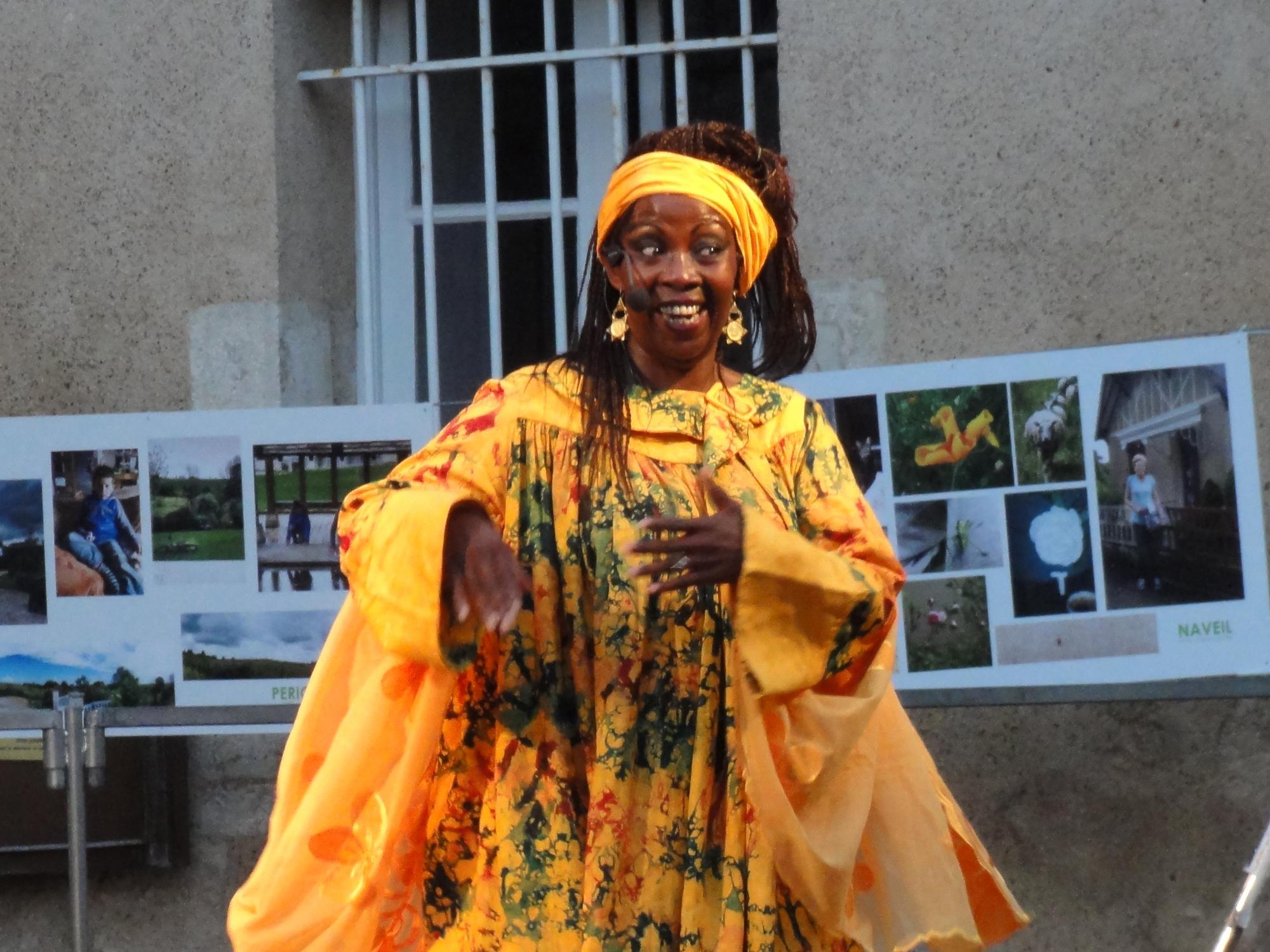 Catherine Ahonkoba, Międzynarodowy Festiwal Sztuki Opowiadania (źródło: dzięki uprzejmości organizatora Festiwalu)