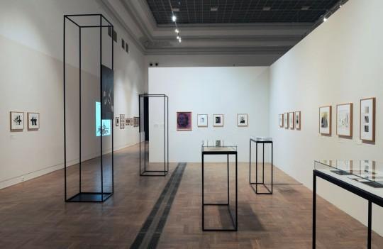 """Wystawa """"Wojciech Zamecznik. Foto-graficznie"""", Zachęta Narodowa Galeria Sztuki, Warszawa 2016 (źródło: Zachęta Narodowa Galeria Sztuki)"""