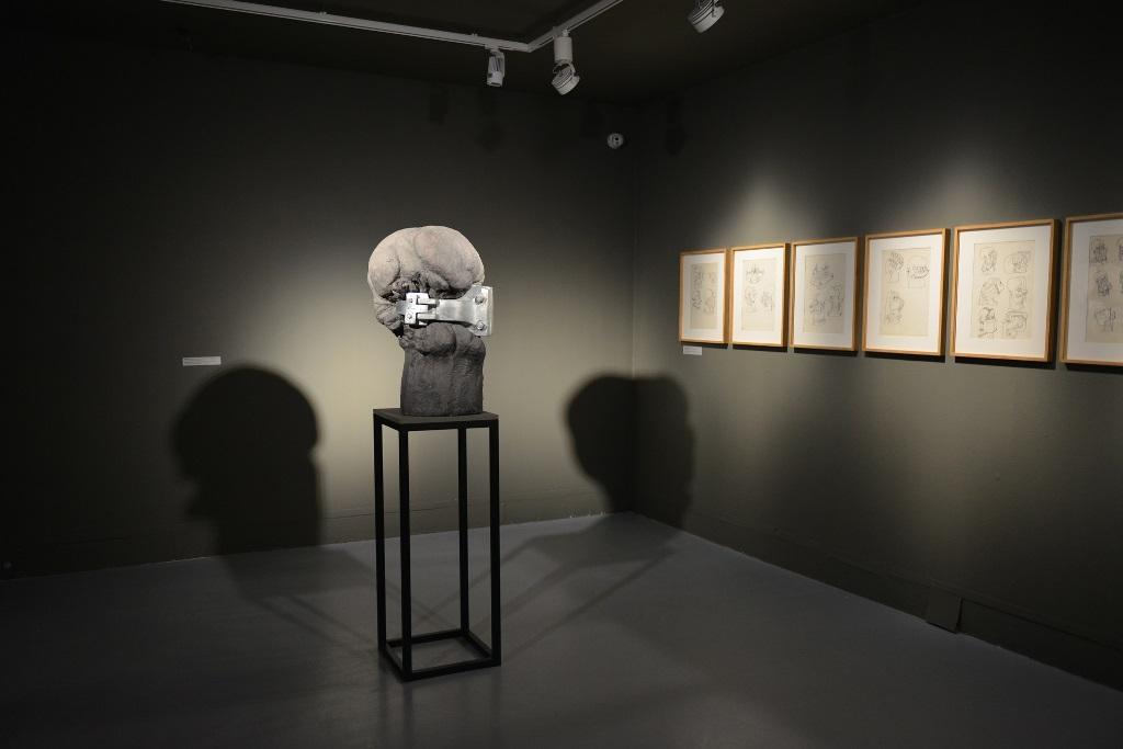 Jerzy Jarnuszkiewicz. Notatki z przestrzeni, widok ekspozycji, Zachęta, fot. M. Krzyżanek (źródło: materiały Kwartalnika Rzeźby OROŃSKO)