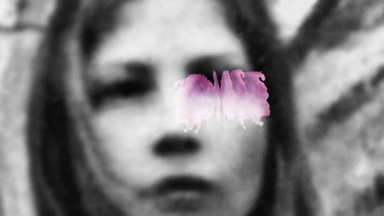 """Bracha L. Ettinger, kadr z filmu """"Mamemento Fluidus – MaMedusa"""" (2012, wersja z 2014) (źródło: materiały prasowe organizatora)"""