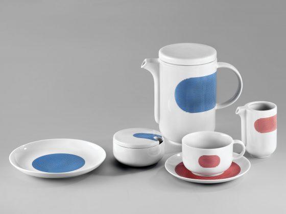 """Zestaw New Atelier, proj. Marek Cecuła, Modus Design, Ćmielów Design Studio, prod. Polskie Fabryki Porcelany """"Ćmielów"""" i """"Chodzież"""", fot. Piotr Ligier"""