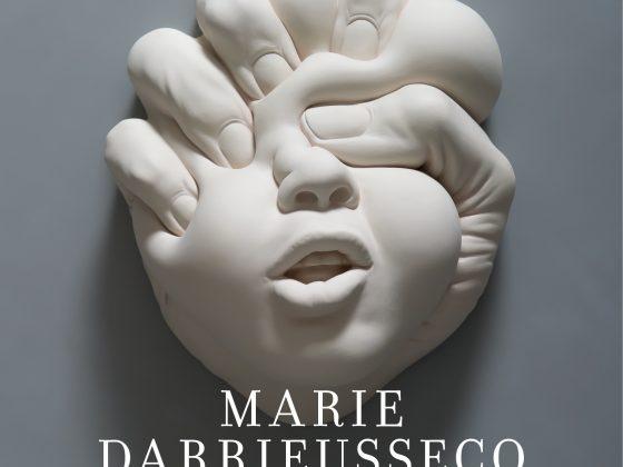 """Marie Darrieussecq, """"Świństwo (truizmy)"""", przeł. Barbara Walicka, Wydawnictwo Karakter, 2018 (źródło: materiały prasowe wydawcy)"""
