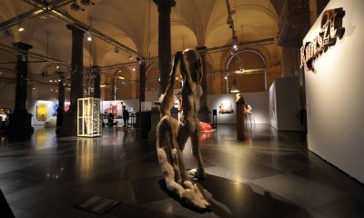 """""""Kunszt. 100 lat polskiej rzeźby"""", fragment wystawy, Muzeum Sztuki Riga House, fot. L. Golec (źródło: materiały prasowe kwartalnika)"""