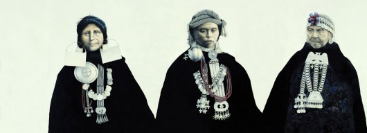 Development of Mapuche women's silver adornments. Left to right women attired with silver costume jewelry from the 18th, 19th and 20th centuries (Drawing José Pérez de Arce)