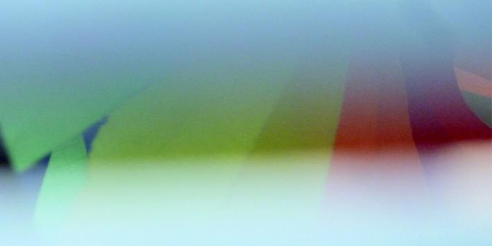 """Teresa Starzec. """"Dalej przez szkła kolorowe wdziera się w oczy zmrużone"""", materiał udostępniony przez Fundację Atelier"""