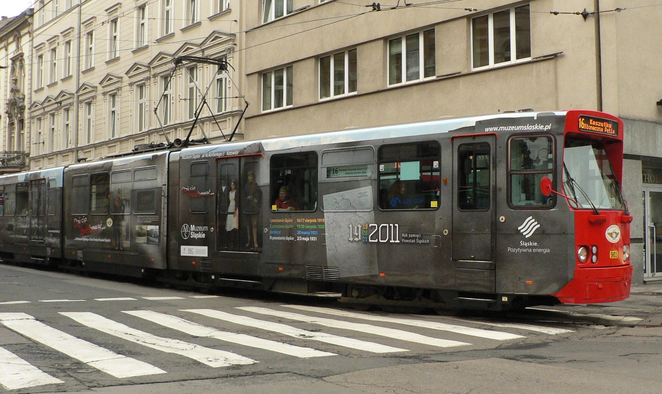Powstańczy tramwaj na ulicach śląskich miast (z materiałów organizatora)