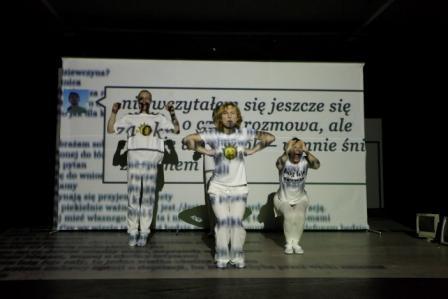 Fot.: Anna Grzelewska, na zdjęciu: Łukasz Wójcicki, Monika Sadkowska, Monika Dąbrowska (źródło: materiały prasowe organizatora).