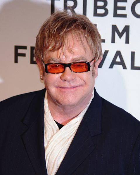 Elton John, fot. David Shankbone (źródło: wikimedia commons)