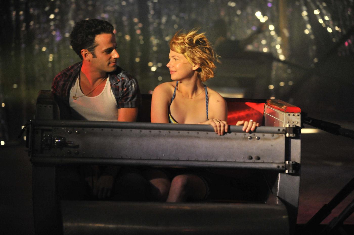 """Kadr z filmu """"Take this waltz"""" (źródło: materiały prasowe)"""