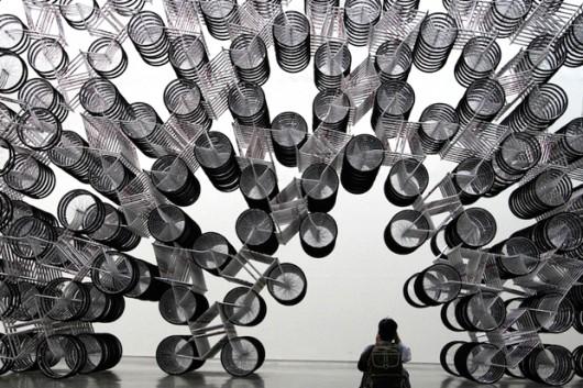 Ai Weiwei, instalacja Forever Bicycle (źródło: materiały prasowe)