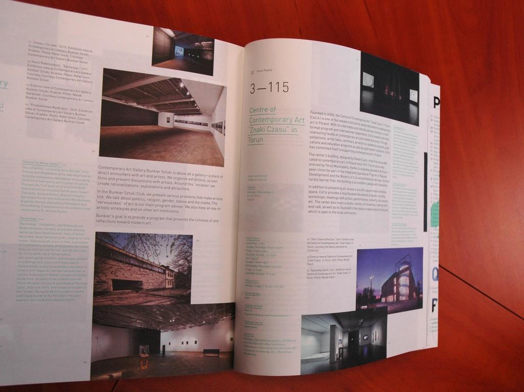 Katalog Art Spaces Directory (źródło: materiały prasowe CSW Znaki Czasu)