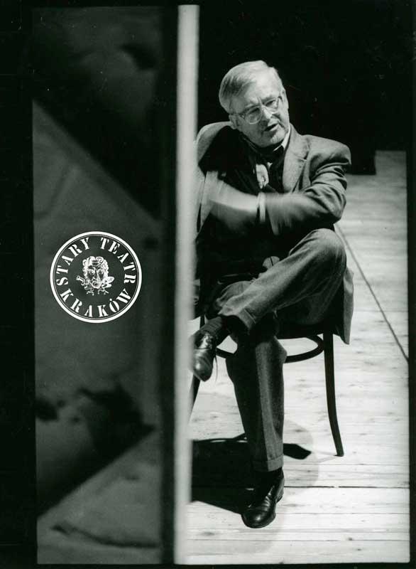 """Jerzy Jarocki - próba """"Fausta"""" 1997, fot. S. Okołowicz (źródło: materiały prasowe)"""