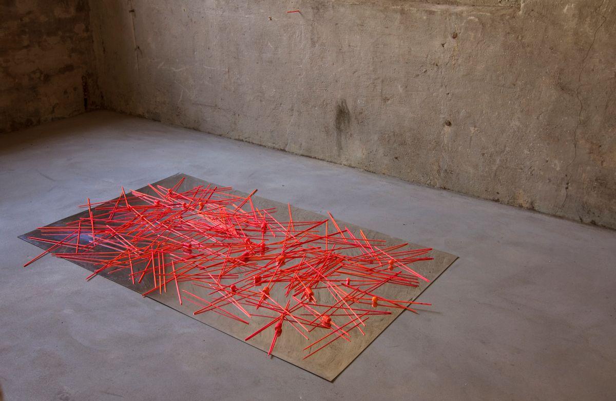 """Marek Radke, wystawa """"Lustro"""", Galeria B SMOK, Słubice (źródło: materiały prasowe organizatora)"""