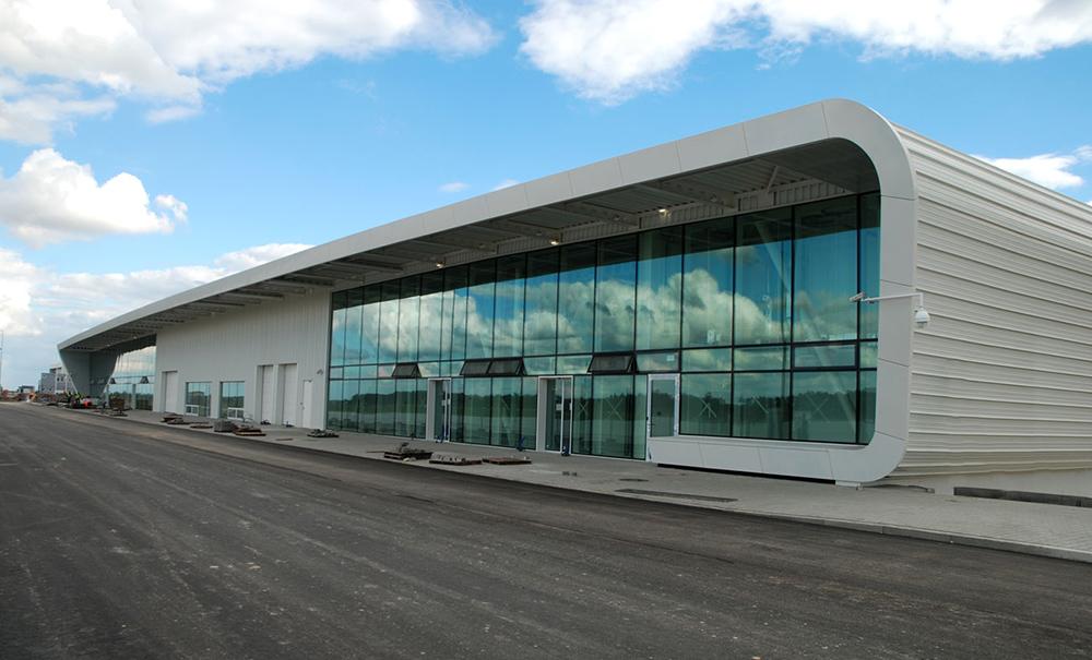 Terminal pasażerski portu lotniczego w Lublinie, proj. Grzegorz Stiasny i Jakub Wacławek
