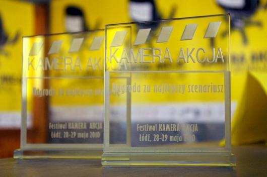 """Festiwal Krytyków Sztuki Filmowej """"Kamera Akcja"""" - statuetki (źródło: materiały prasowe)"""