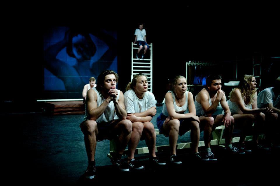 """""""Nasza klasa"""", reż. Łukasz Kos, Teatr PWST we Wrocławiu (źródło: materiał prasowy)"""