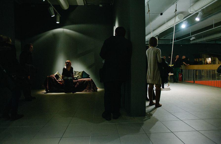 """Praca Darii Malickiej, wystawa """"Mleczne zęby"""", Galeria BWA w Katowicach, fot. Artur Berwisz (źródło: materiały prasowe organizatora)"""