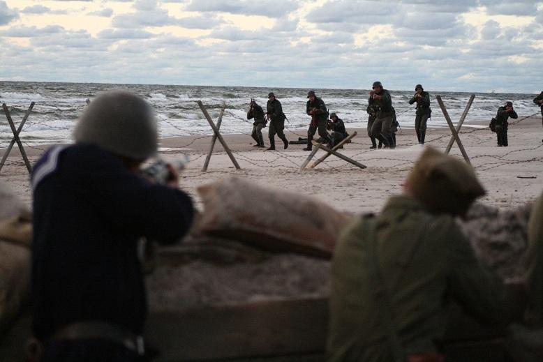 """""""Tajemnice Westerplatte"""", reż. Paweł Chocholew - kadr z filmu (źródło: materiały prasowe)"""