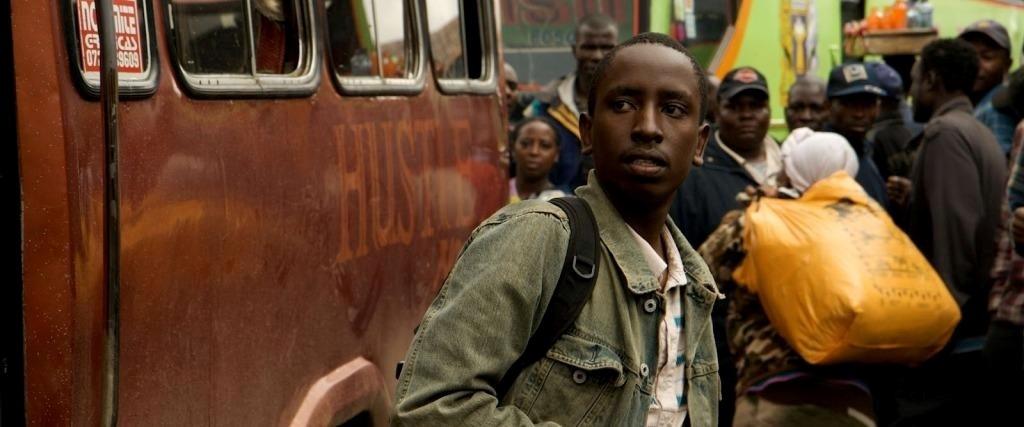 """""""Półżywy z Nairobi"""", reż. David Tosh Gitonga - kadr z filmu (źródło: materiały prasowe)"""