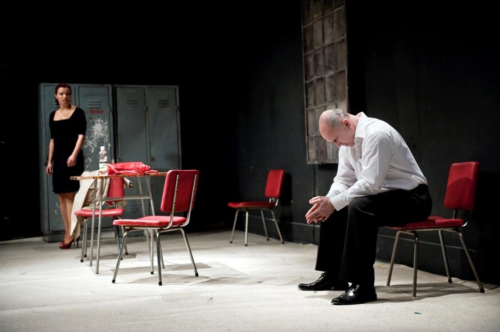 """""""Blackbird"""", reż. Grzegorz Bral - próba spektaklu, fot. Karol Jarek (źródło: materiały prasowe)"""