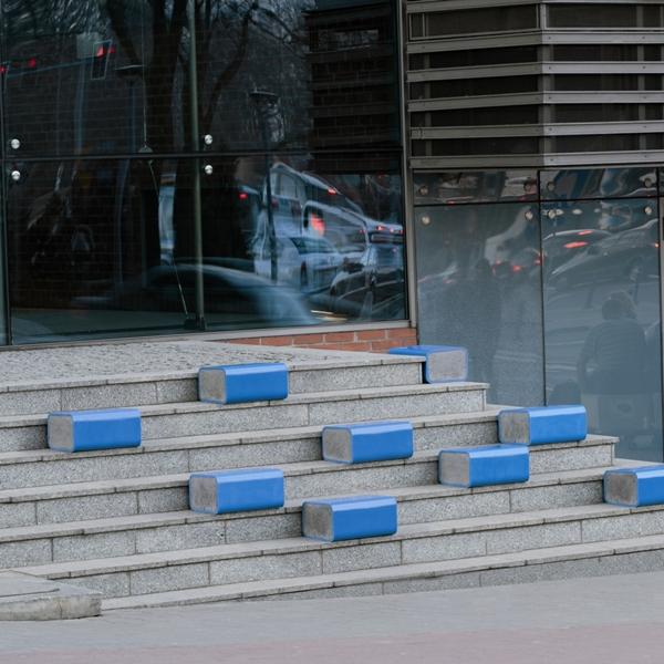 """Katarzyna Toczyńska, Agata Superczyńska, """"Blue Block"""" (źródło: materiały prasowe organizatora)"""