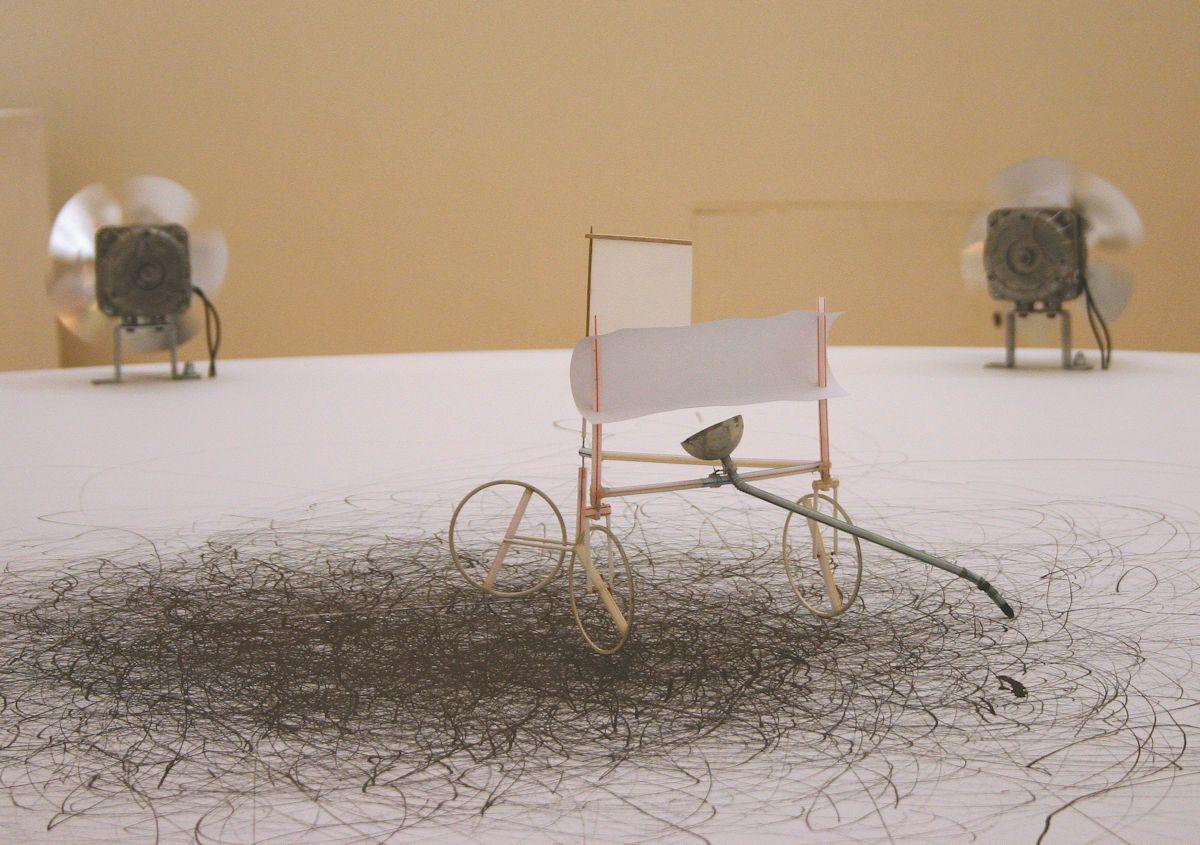 """Olgierd Chmielewski, """"Rysunki automatyczne"""", 1995-2013, instalacja, dzięki uprzejmości artysty"""