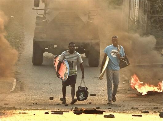 """""""Otelo Burning"""", reż. Sara Blecher - kadr z filmu (źródło: materiały prasowe)"""