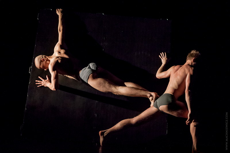 """""""Kwadryga na trzech"""", fot. Katarzyna Machniewicz, Festiwal Tańca Współczesnego Spacer (materiały prasowe)"""