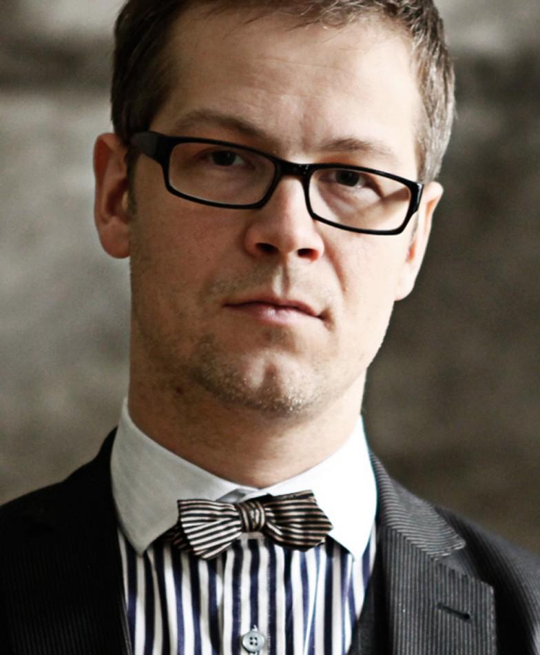 Jacek Dehnel – portret, fot. Jakub Golis (źródło: materiały prasowe Biura Literackiego)