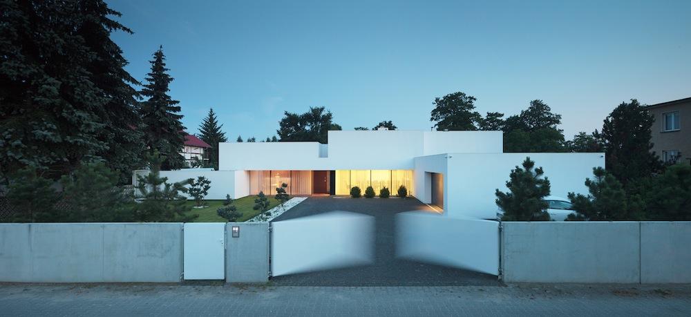 Dom na linii horyzontu, proj. KMA Kabarowski Misiura Architekci, fot. Krzysztof Smyk (źródło: materiały prasowe)
