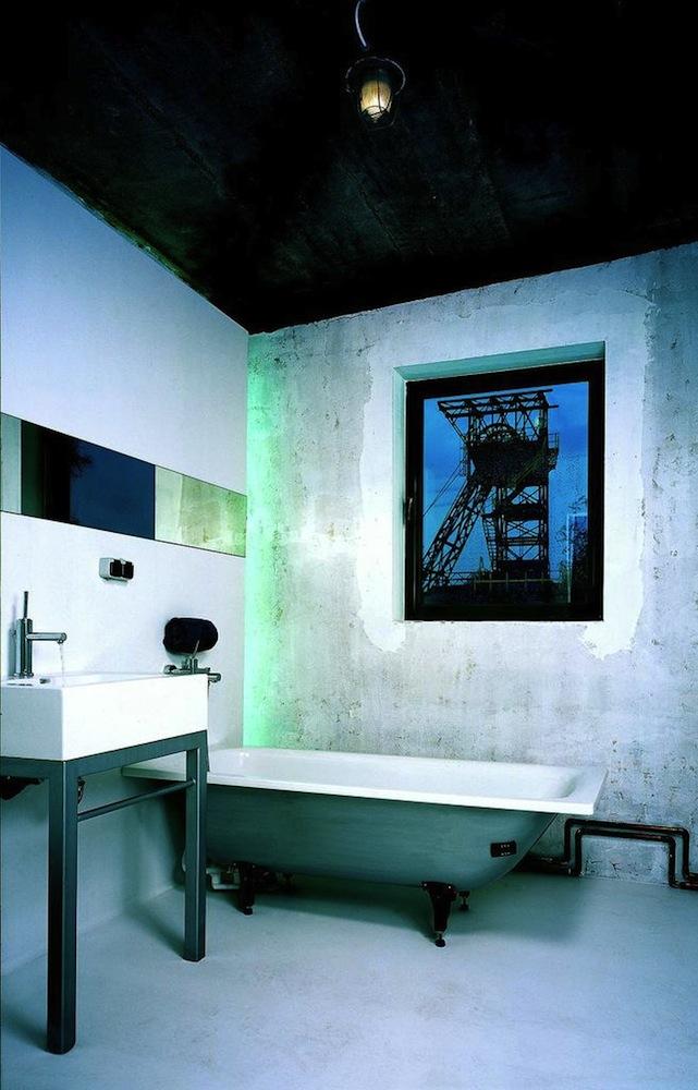 Wnętrze domu – łazienka, proj. medusagroup (źródło: materiały prasowe organizatora)