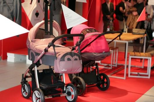 Dziecięcy wózek uniwersalny Lubo, proj. Baby Design Group, fot. Dominik Gajda (źródło: materiały prasowe organizatora)