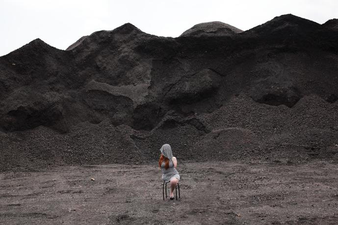 """Fot. Joanna Pawlik, """"Hałda"""", 2013 (źródło: materiały prasowe organizatora)"""