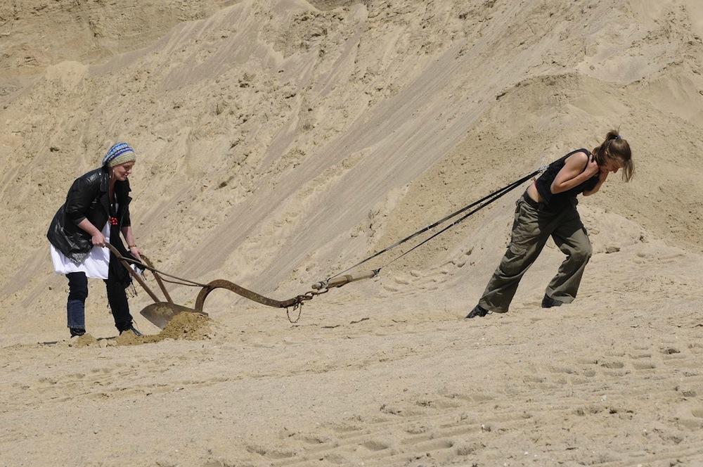 Aleka Polis – Pustynna triada, 2009 (źródło: materiały prasowe organizatora)