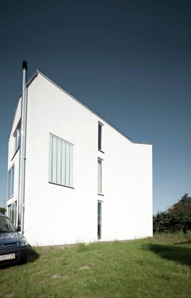 Dom stalowy w Warszawie, proj. +48 Grupa Projektowa, budowa od 2011 r. (źródło: materiały prasowe organizatora)